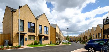 04_Banner_Building_More_Homes_Dartford_170720144517GC2F8779_1440.jpg